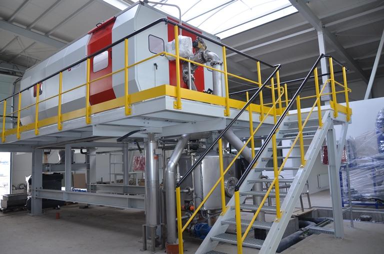 Sierpień 2013 r. – Tłokowe prasy Bucher zostaną zamontowane…