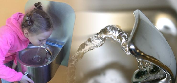 Styczeń 2018 r. – Dostawa źródełek wody do szkół w Elblągu